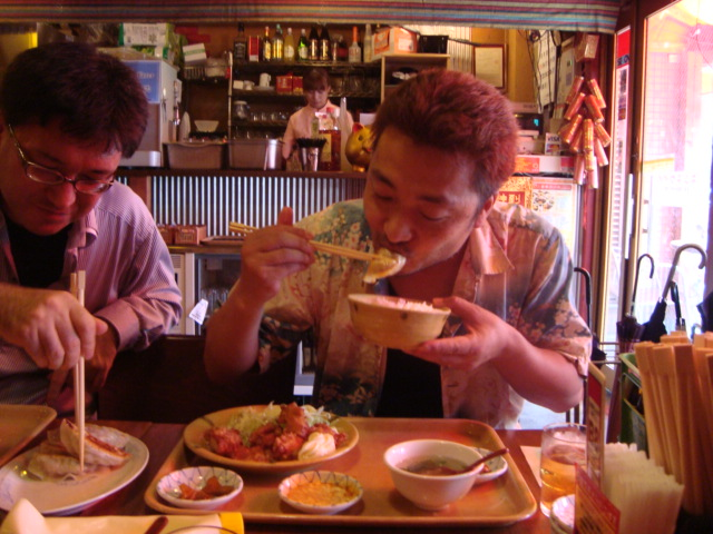 東新宿「餃子市」へ行く。_f0232060_155650100.jpg