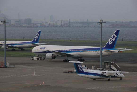 夕方 羽田空港HND_d0202264_8191995.jpg