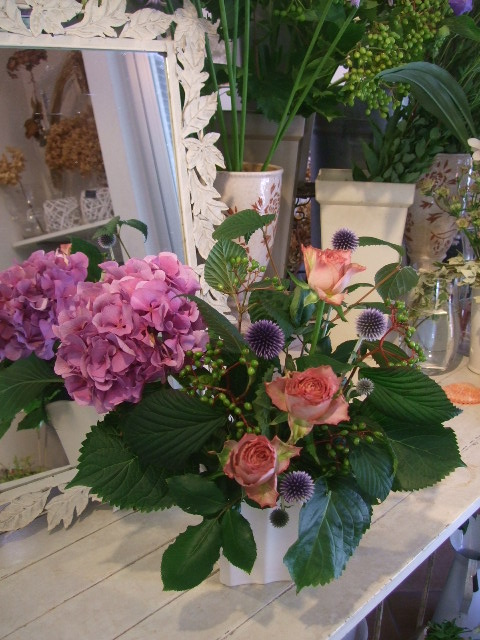 オークリーフ花の教室(田原さんの作品)_f0049672_15375296.jpg