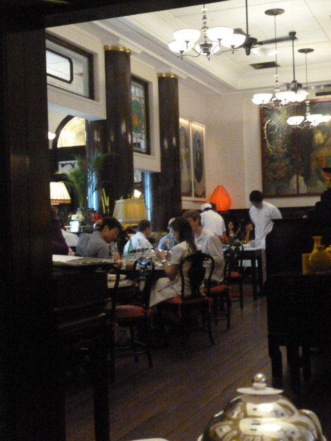 上海の租界はこんな感じ?・・・The  china club_b0210699_22583884.jpg