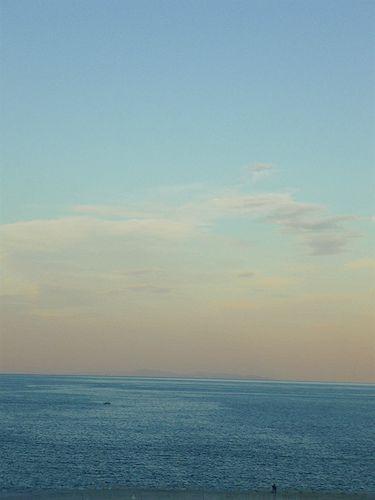 ホテルニューツルタ 二条泉から望む 美しい別府湾の夕凪。♬。。。*。:☆.。†_a0053662_0202198.jpg