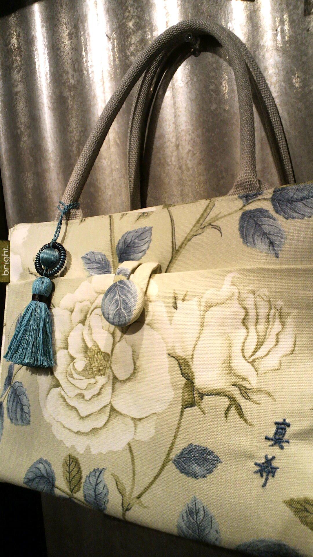 イギリス・「サンダーソン」のカーテン生地で作ったバッグ。_c0157866_15243891.jpg