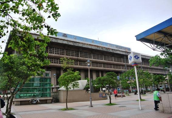 台湾MRTや台北鉄道事情_f0221707_17302079.jpg