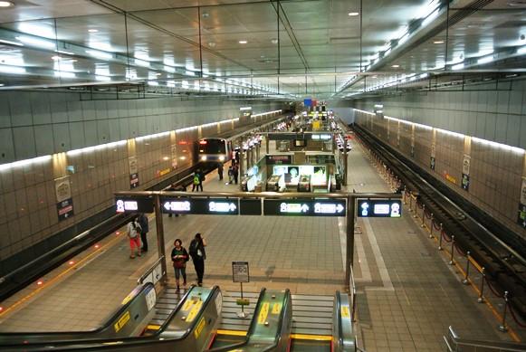 台湾MRTや台北鉄道事情_f0221707_17303399.jpg