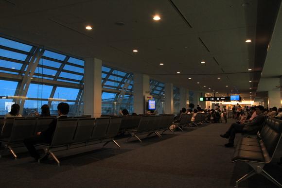 羽田から伊丹へ! 41便。_d0202264_2125886.jpg
