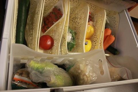 冷蔵庫の野菜室_e0201009_22131122.jpg