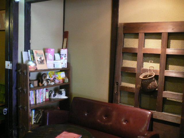 京都 町屋ドッグカフェNEST_c0223630_1712581.jpg