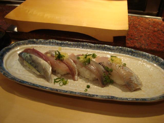 中野「魚がし鮨 中野北口店」へ行く。_f0232060_11503281.jpg