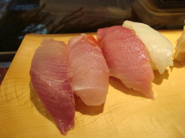 中野「魚がし鮨 中野北口店」へ行く。_f0232060_1151162.jpg