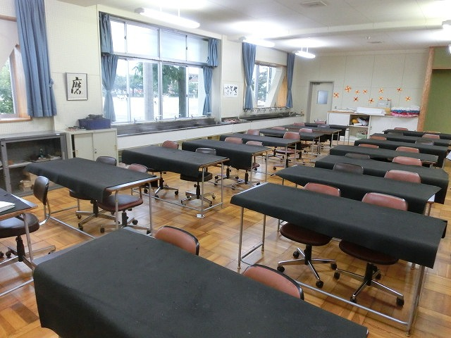避難所解放エリアを確認 吉原高校の「防災教育推進のための連絡会議」_f0141310_7495038.jpg
