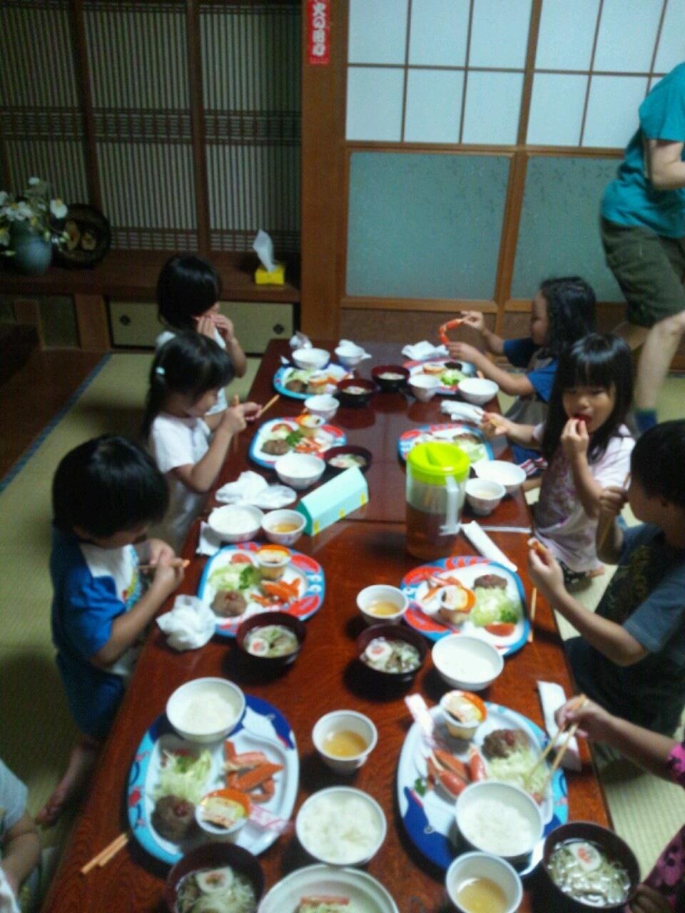 海合宿7 ばんごはんの様子_c0151262_7171910.jpg