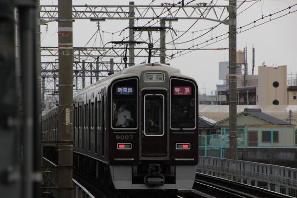 阪急9007F 神戸線レンタル移籍_d0202264_534793.jpg