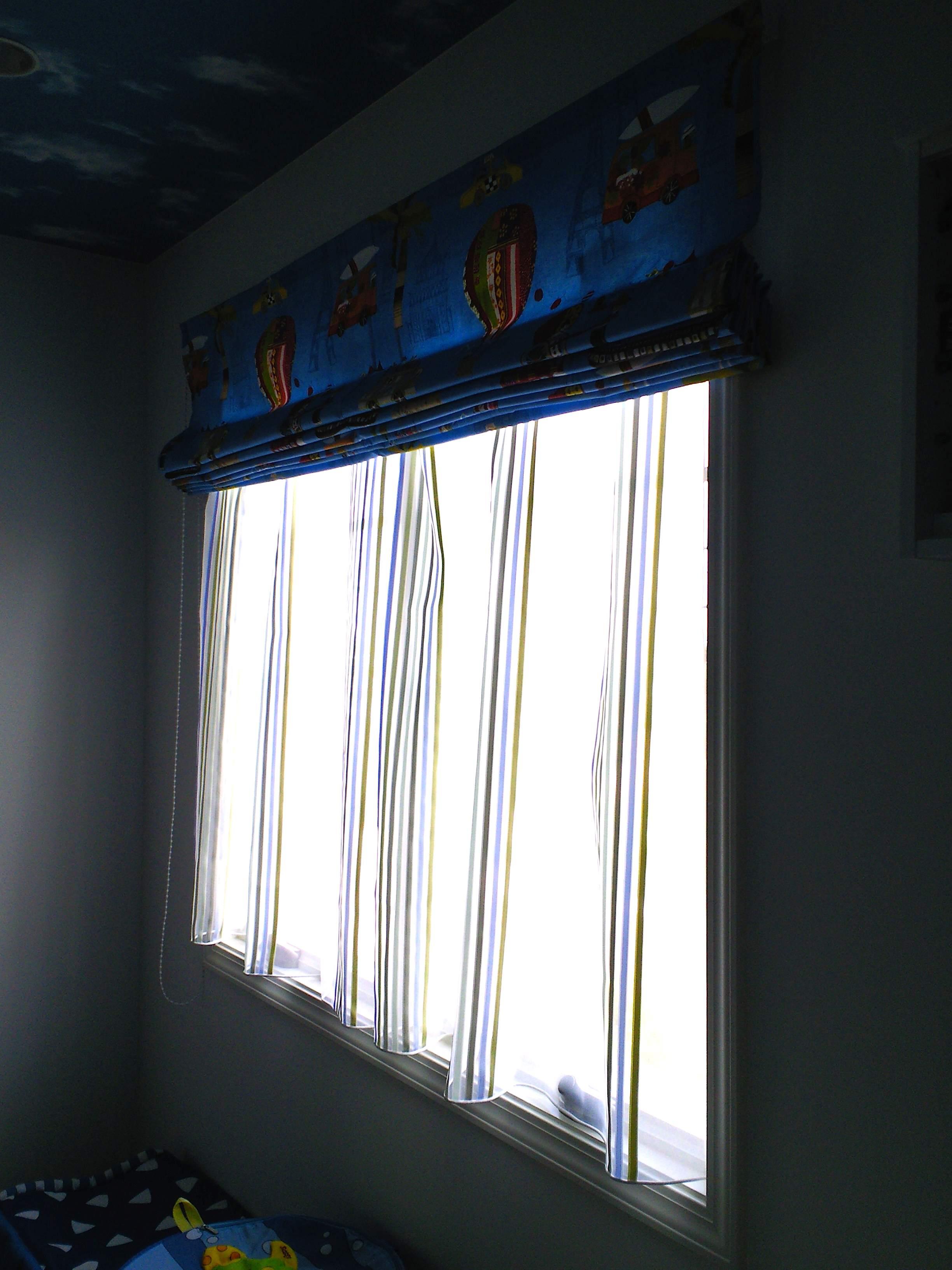 男の子のお部屋のカーテンスタイル_c0157866_20263839.jpg