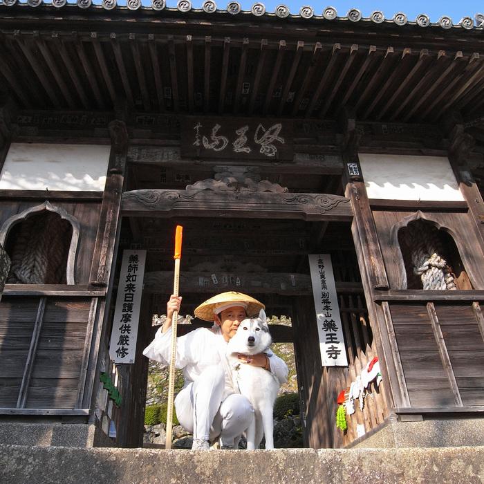 Memory of the second pilgrimage with husky HANA_c0049299_822466.jpg