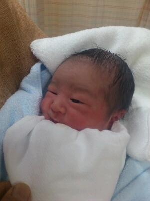 こんにちは赤ちゃん(^^)_b0152504_652489.jpg