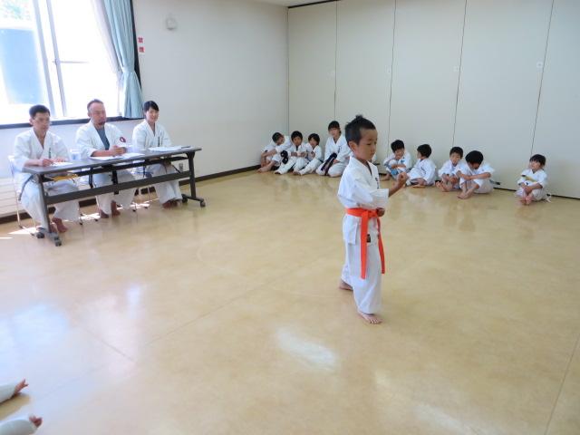 日曜空手 新琴似教室昇級審査会_c0118332_13492824.jpg