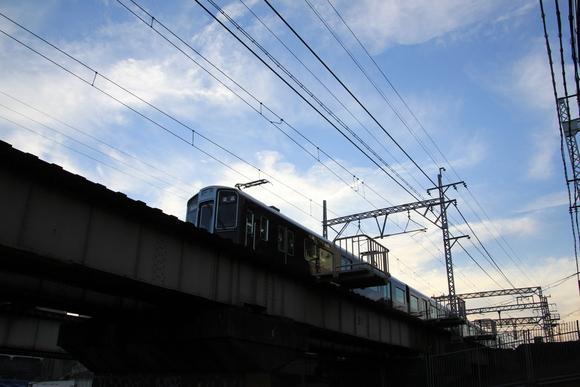 違う角度で阪急電車で見る_d0202264_5123971.jpg