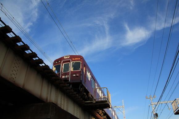 違う角度で阪急電車で見る_d0202264_5453365.jpg