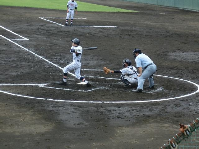 富士市立は初戦に快勝 夏の高校野球県大会_f0141310_7422469.jpg
