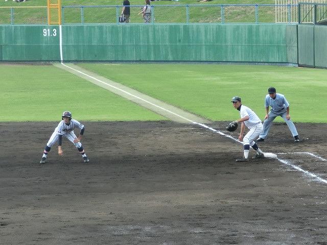 富士市立は初戦に快勝 夏の高校野球県大会_f0141310_7425382.jpg