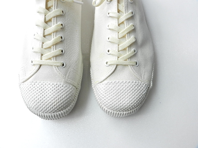 U.K army white canvas shoes size9 !!!!!_f0226051_1221246.jpg