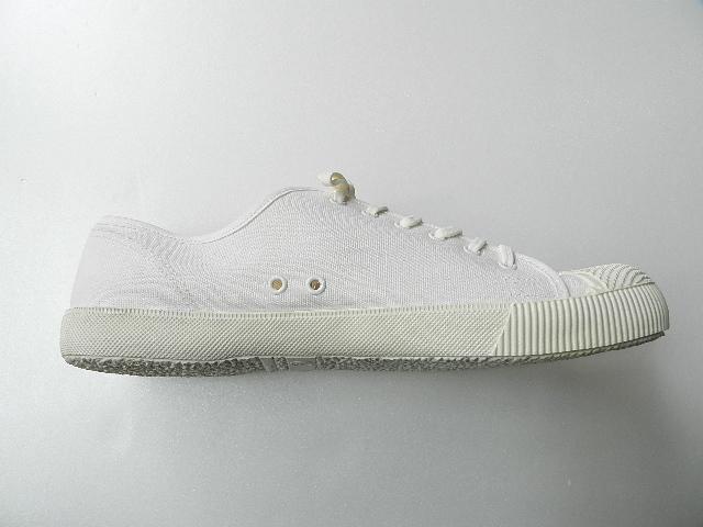 U.K army white canvas shoes size9 !!!!!_f0226051_1221422.jpg