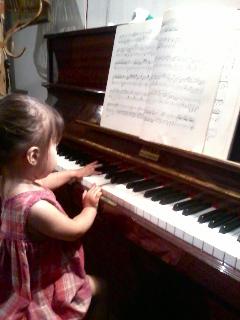 小さなピアニスト_a0169172_03259.jpg