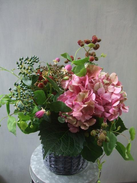 オークリーフ(青木園芸の紫陽花を使って・・)_f0049672_1424538.jpg