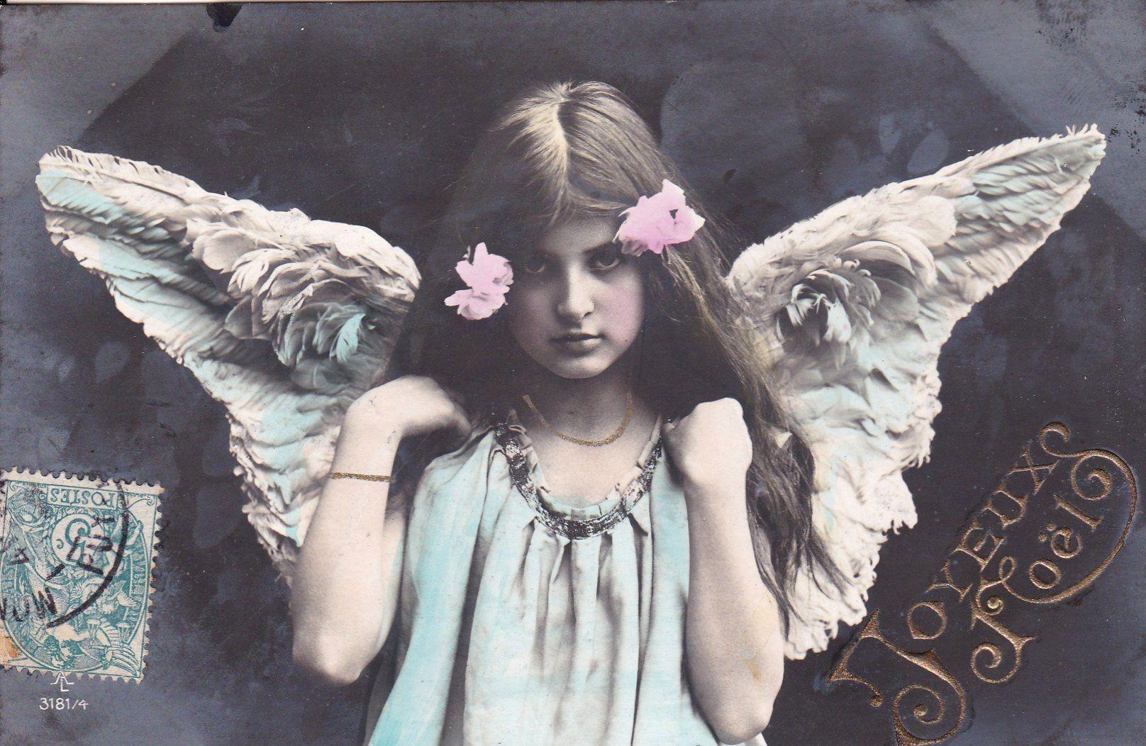 アンティーク風な天使。