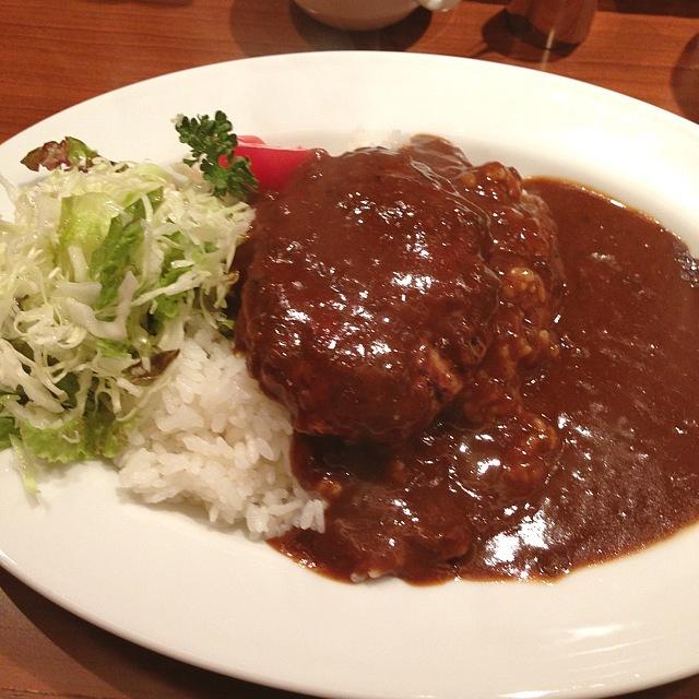 Fujioken@大手町にてハンバーグカレーランチ〜♪_a0004752_22435945.jpg