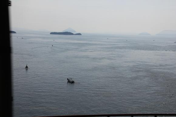 瀬戸大橋で姪っ子と・・_d0202264_523479.jpg