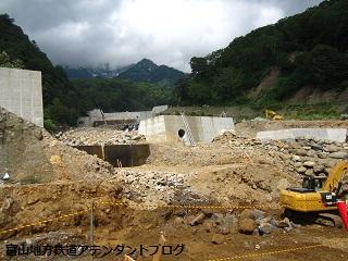 秘境の地!立山カルデラへ ~砂防工事編~_a0243562_8511914.jpg