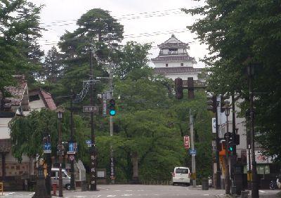 鶴ヶ城の北出丸口、かつてここは_a0096989_75474.jpg