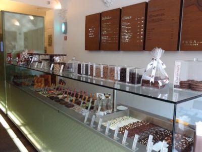 お気に入りのチョコレート屋さん_e0279624_22501995.jpg