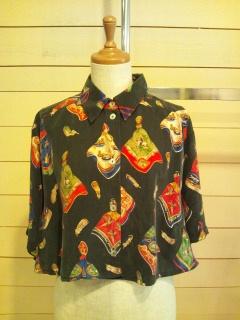 スカーフ柄のシャツ_e0268298_14101229.jpg