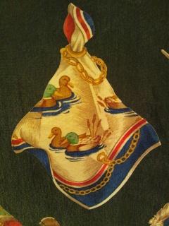 スカーフ柄のシャツ_e0268298_14155321.jpg