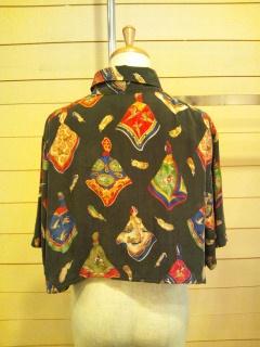 スカーフ柄のシャツ_e0268298_14214162.jpg
