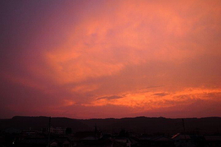 夕焼けの空_a0268412_22481772.jpg