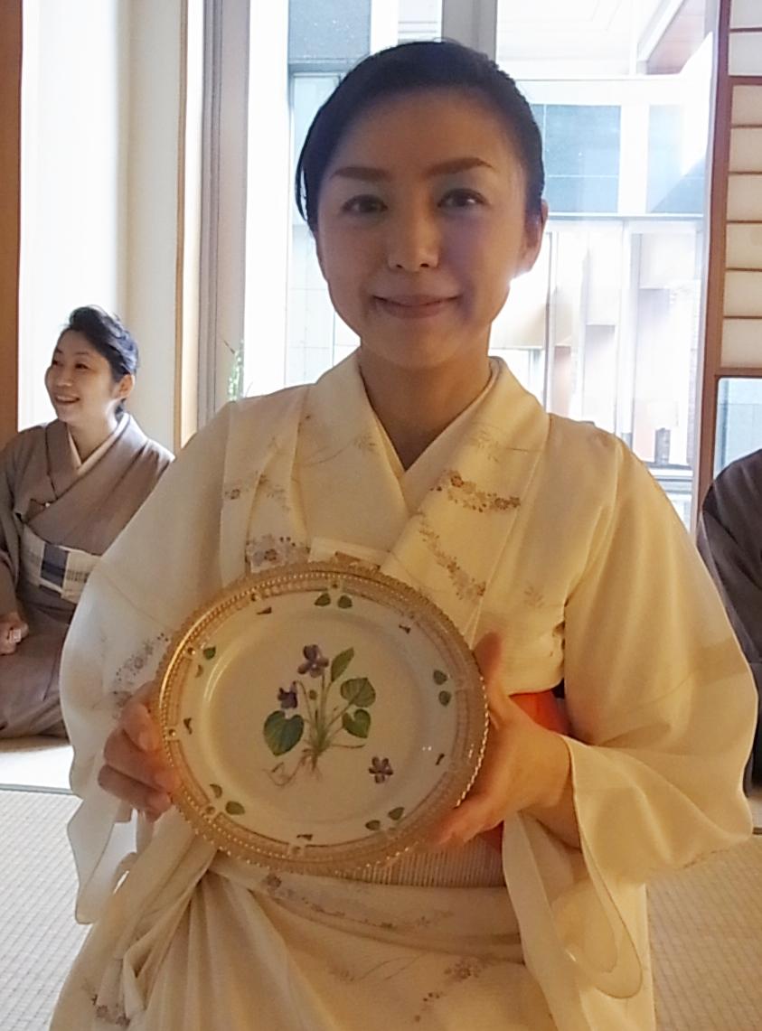心温まるバースデー茶会_a0138976_2181967.jpg