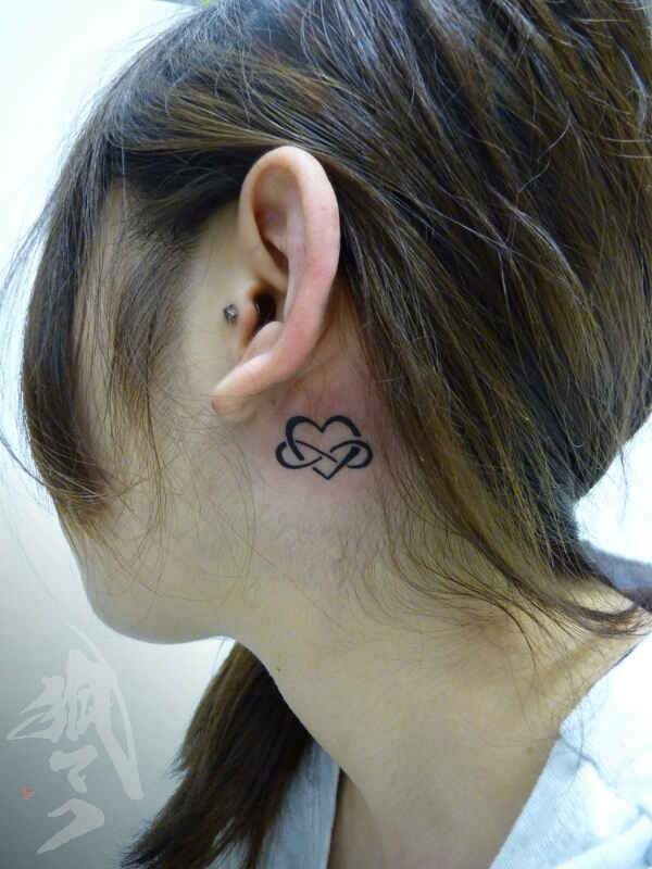 tattoo_e0261276_2215788.jpg