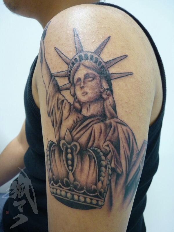tattoo_e0261276_2222477.jpg