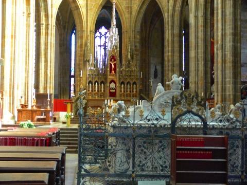 中欧家族旅行2012年08月-第九日目-チェコ・プラハ、プラハ城(II)、聖ヴィート大聖堂_c0153302_14335523.jpg