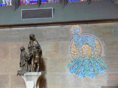 中欧家族旅行2012年08月-第九日目-チェコ・プラハ、プラハ城(II)、聖ヴィート大聖堂_c0153302_917121.jpg