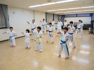 土曜日空手 夏季昇級審査会_c0118332_23223927.jpg
