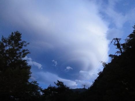 雲_f0219043_15162218.jpg