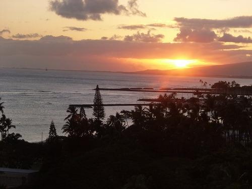 ハワイ☆2013~ワイオル・オーシャンビューラウンジでhappy hour♪_f0207146_65014.jpg