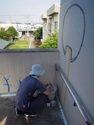 壁画を描こう!「3びきのかめ・1まんねんのぼうけん」②_f0247351_8112321.jpg