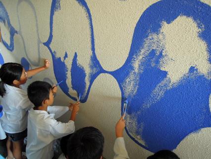 壁画を描こう!「3びきのかめ・1まんねんのぼうけん」②_f0247351_894432.jpg