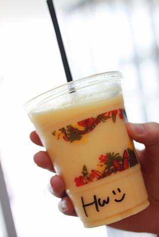 大阪・京都旅行1日目 グランフロント大阪 HONOLULU COFFEEのスムージーでひと休み♪_a0154192_12281578.jpg