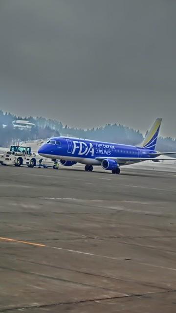 北海道観光と飛行機、沖縄観光と飛行機、地方活性化に飛行機が重要、格安飛行機が地域活性に寄与_d0181492_0171649.jpg